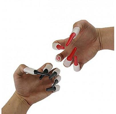 Пальцы с ногтями