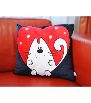 Подушка кіт з серцем