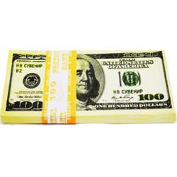 Пачка грошей 100 доларів